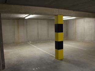 9 ondergrondse parkeerplaatsen P4 tem P12 in het centrum van Gistel, op een boogscheut van de markt. Dat alles vervat in een stijlvol, functioneel en