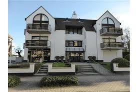 Garage te huur (per week, 14 daags, per maand) op -1 Residentie Belvédère, Kustlaan 158 - Knokke (Zoute). Zeer goede bereikbaarheid (dic