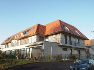 Luxe appartement op de 2de verdieping gelegen in Residentie Prinsenhof in de gemeente Machelen aan de Leie. Inkomhal met gastentoilet,leefruimte met o