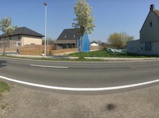 Deze locatie met een oppervlakte van 578 m² bevindt zich vlakbij het centrum van Westkerke - Oudenburg. Het is de ideale uitvalsbasis naar het bi