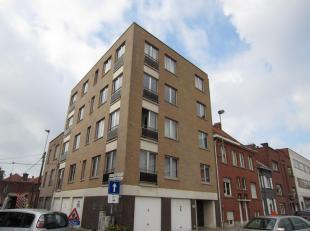 Twee slaapkamer APPARTEMENT met garage nabij station te koop, verhuurd, ideaal als belegging!