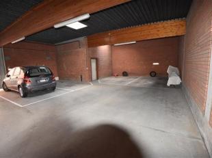 Parkeerplaats in het centrum van Roeselare.