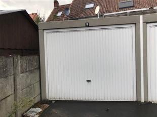 Recente garage (2m98 x 6m) nabij het centrum van Roeselare.