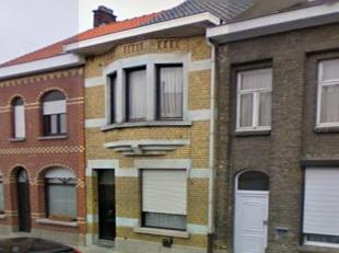Woning met terras en tuin,  2 sl.kamers,  woonkamer, salon, keuken bad.  ---- 565 euro/mnd EPC 491 kWu/m2--    --reserveer direct 'on line'  Uw bezoek