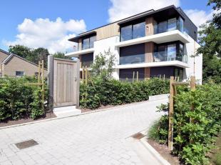 Pastoor Slossestraat 8 - Rumbeke<br /> Zeer mooi dakappartement in een kleinschalig project waarbij gebruik werd gemaakt van hoogstaande kwalitatieve