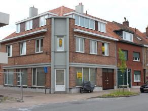 In Sint-Andries nabij het bruisende centrum van Brugge huisvest deze statige opbrengsteigendom. Het pand is uiterst gunstig gelegen nabij de Hogeschoo