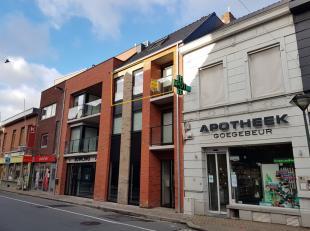 Residentie Sleutel situeert zich in hartje Torhout, op wandelafstand van diverse handels – en voedingszaken, openbaar vervoer enz. <br /> <br /> Het i