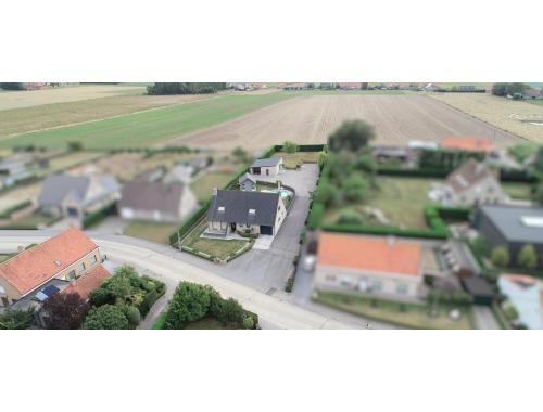 Maison à vendre à Langemark, € 549.000