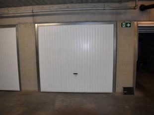 Ondergrondse garagebox van 25 m² * Goede ligging * Goed verzorgd