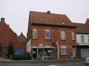 Gezellig appartement gelegen te Elverdinge.Het appartement bevindt zich in het centrum van Elverdinge en is gelegen op het 1ste verdiep.Bestaat uit:-K