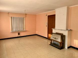 Appartement gelegen nabij centrum en station, bestaande uit 2 slaapkamers met bergruimte/garage,keuken, badkamer met ligbad.