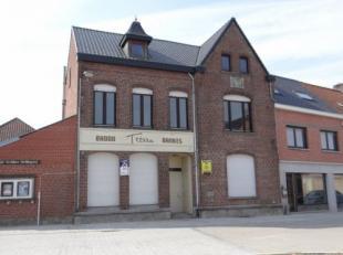 Handelseigendom met zicht op het heraangelegd dorpsplein van Zillebeke.Handelseigendom met veel mogelijkheden.Bestaande uit :Inkomportaal ( met apart