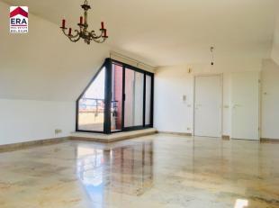 Dit appartement staat te koop met een VANAFprijs. Elk bod vanaf 115.000 EUR wordt voorgelegd aan de eigenaars. Centraal gelegen 1 slaapkamerappartemen