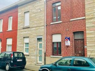 Maison à rénové avec 2 chambres et jardin Composé de: Rez-de-chaussée: entrée, séjour avec salon et s