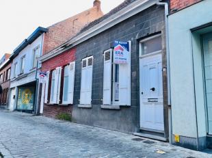 2 volledig te renoveren woningen in het centrum van Wervik (nummer 65 en 67,65.000 EUR per woning of 130.000 EUR voor de twee samen )Nummer 65 heeft e