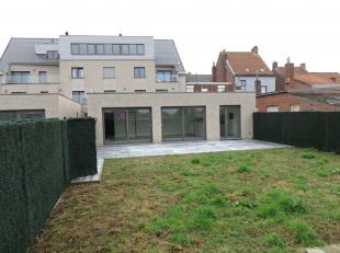 Te koop nieuwbouw tuinappartement gelegen in Residentie Willem Tell Bruggestraat 62 Poperinge.<br /> Gelegen in de nabijheid van het station, apotheek