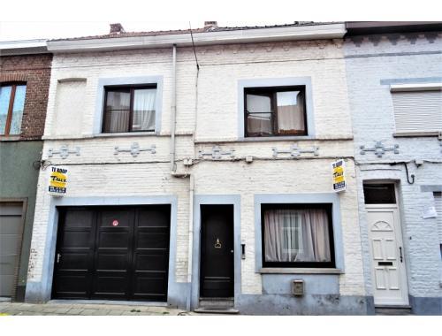 Maison à vendre à Menin, € 129.000