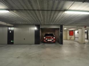 Deze garagebox 3.09 is gelegen op het -3 verdiep in het garagecomplex Vrijdagsmarkt. De gemeenschappelijke kosten bedragen 30 euro/maand.<br /> Deze b