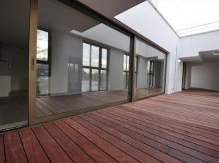 Dit appartement situeert zich in het nieuwbouwproject 'Dunant Gardens' te Gent. Dunant Gardens bevindt zich op een bevoorrechte locatie in Gent, op ko