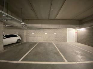 Parkeerplaats in ondergrondse parking in Gent te koop. De parkeergarage is gelegen aan de Nieuwevaart.<br /> De parkeerplaatsen zijn onmiddellijk besc