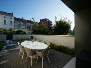 Subliem energiezuinig en lumineus nieuwbouwappartement (2107) met groot leefterras en extra tweede terras, twee slaapkamers en ondergrondse autostandp