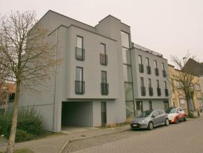 BEZOEKAANVRAAG:https://goo.gl/forms/ZkKseEkXYn5tXauK2<br /> Op de tweede verdieping van dit recent kleinschalig appartementencomplex bevindt zich dit