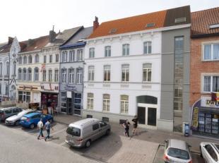 Hedendaags & luxueus wonen in een authentieke notariswoning op de markt van Ledeberg  op een boogscheut van het centrum van Gent, station Gent Sin