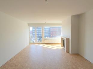 Dit instapklare appartement met zicht op het water is vlot bereikbaar en ligt op een boogscheut van centrum Gent. Het appartement omvat een inkomhall,