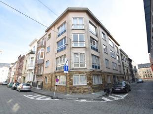 Gelijkvloers hoekappartement gelegen in de omgeving van Gent Zuid - de Reep. Ruim 1 SLPK appartement met een oppervlakte van 78m². Indeling: inko