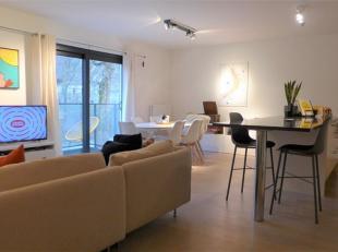 Gent - Ter Platen: prachtig afgewerkt ruim 2 slaapkamer appartement op top locatie in centrum (naast Kinepolis). Indeling: Leefruimte met open volledi
