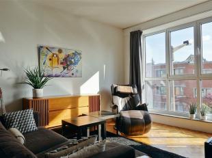 GENT - Patijntjestraat: Op zoek naar een zonnig appartement met terras te huur in Gent? Dan is dit pand mogelijk iets voor u.<br /> De belangrijkste t