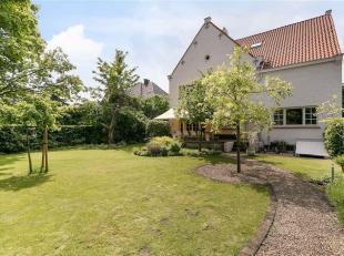 GENT - Op zoek naar een instapklare interbellum villa met grote tuin te koop in Gent? Dan is dit pand iets voor u.<br /> De belangrijkste troeven in e
