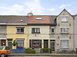 GENT-  Op zoek naar een instapklare woning te koop in Gent? Dan is dit pand misschien iets voor u.<br /> De belangrijkste troeven in een notendop:<br
