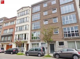 GENT - Patijntjestraat 140: Op zoek naar een zonnig gelijkvloers appartement te huur regio Gent? Dan is dit pand mogelijk iets voor u.<br /> De troeve