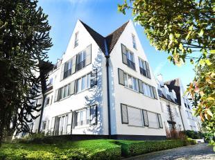 Residentie Heemsdael, een standingvolle residentie in Vlaamse villa-stijl, omvat 16 luxueuze 1 of 2 slaapkamerappartementen voorzien van alle comfort