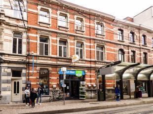 Residentie Bourdon omvat 12 comfortabel ingerichte appartementen in de Heilige Geeststraat en twee appartementen in de Sint-Niklaasstraat. De resident