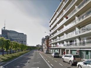 3 dubbele staanplaatsen gelegen vlakbij de Bijloke/Coupure/Martelaarslaan.(22.000 Euro/dubbele staanplaats). De staanplaatsen zijn gelegen op de began