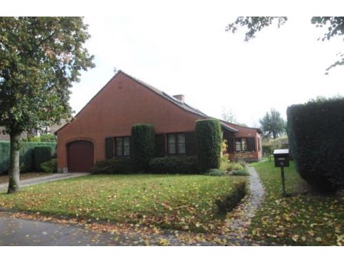Maison unifamiliale à vendre à Sint-Denijs-Westrem, € 459.000