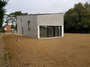 Koop deze Moderne villa en kom thuis in het leuke Herent. Je kan deze villa nog volledig afwerken naar je eigen stijl. Deze Villa beschikt over drie s
