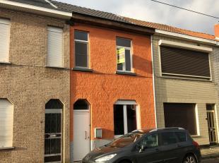 Deze praktisch ingerichte en recent gerenoveerde woning in Wondelgem is een buitenkans voor de snelle beslisser!  De woning beschikt over een gunstig