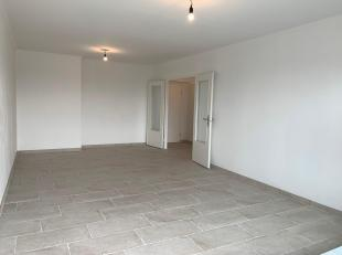 Volledig gerenoveerd appartement met centrale ligging, vlakbij Berchem Station, openbaar vervoer, autostrade, ringfietspad,...<br /> Het appartement b