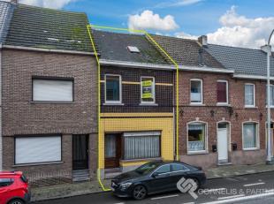 Wenst u meer info of een bezoekje? Bel Katrien: 0473/42.76.99<br /> Deze te renoveren woning vinden we terug op de Brusselsesteenweg 147 te Ninove.<br
