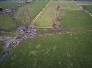 Agrarisch gebied dat momenteel verpacht is. Het kan aangekocht worden voor het uit oefenen van een landbouwactiviteit.<br /> De 5 percelen hebben same
