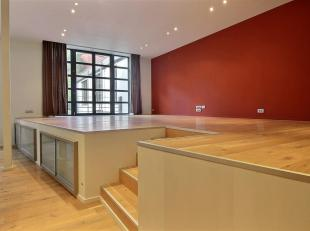 Beautiful loft close to Tour & Taxi. It consists of an entrance hall with guest WC and cloakroom, a large living room very bright with fully equip