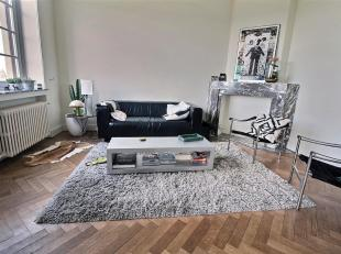 Beautiful apartment with exceptional views of Brussels - It consists of an entrance hall with cloakroom and guest WC, a large living-dining room very