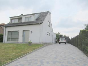 """grondgebied Temse rand Sint-Niklaas ALLEENSTAANDE LEUKE WONING IN """"VILLA """"STIJL op 600 M²<br /> inkomhal,zeer rume living van 46 M² (ruim ge"""