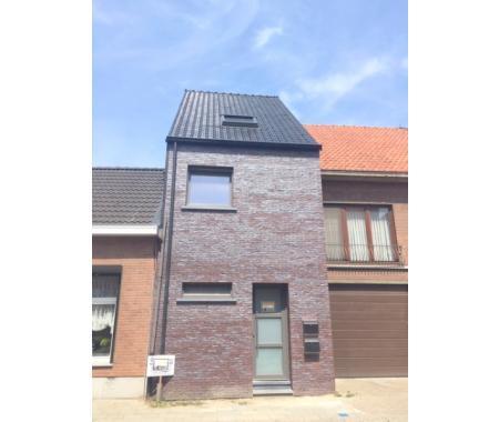 Appartement à louer à Sint-Gillis-Waas, € 680