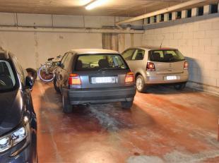 Garage à vendre                     à 9100 Sint-Niklaas