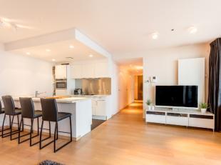 Aan de Zaat dit prachtig luxueus en zeer exclusief instapklaar appartement (105m²) op 7e verdiep met formidabel zicht op de Schelde! Volledig ges