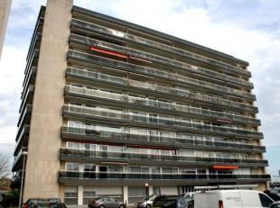 Dendermonde, Krijgshof I bus 3F. (3e verdieping)Vlakbij het station gelegen appartement met 1 slaapkamer en terras.Indeling:Inkomhal met vestiaire.Bad